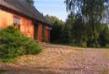 Domek z podwórkiem - kolorystyka ciepła